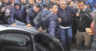 """zzzznacp2NOTICIAS ARGENTINAS LA PLATA, SEPTIEMBRE 26: El líder del sindicato UOCRA platense, Juan Pablo """"Pata"""" Medinase retira de la sede de su sindicato. Foto NA: AGLPzzzz"""