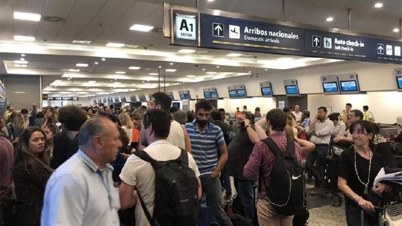 caos en aeropuerto