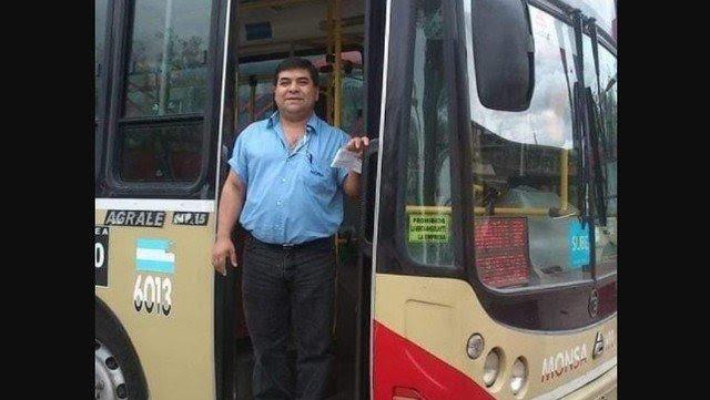 Se trata de Álvaro Pío Santillán, chofer de la Línea 60, de 53 años y del grupo de riesgo