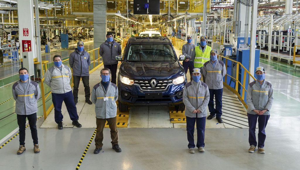 Más operarios en Renault