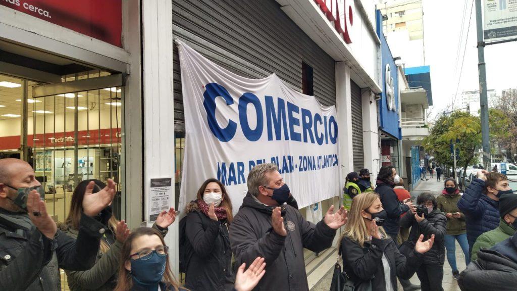 Protesta en Garbarino de Mar del Plata